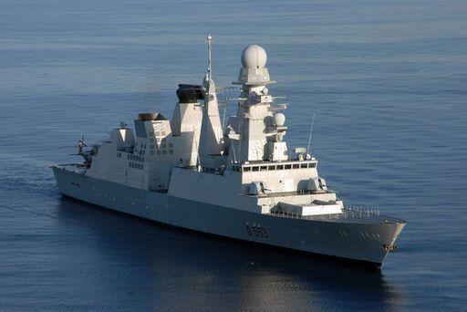 Pirati somali attaccano la andrea doria salvi i marinai for Andrea doria nave da guerra