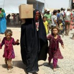 Iraqis fleeing violence recieve aid