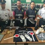 Fabbrica Hogan false in villa a Napoli, arresto e 12 denunce