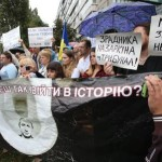 ">>>ANSA/TRUPPE RUSSE NELL'EST UCRAINA, ""MOSCA CI INVADE, UE CI AIUTI"""