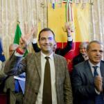 De Magistris torna sindaco:primo cittadino, sono emozionato