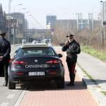Uomo trovato ucciso a colpi arma da fuoco a Milano