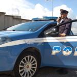 Polizia: l'auto della volante