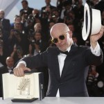 epa04766164 French director Jacques Audiard poses during the Award Winners photocall after he won the Palme d'Or (Golden Palm) award for 'Dheepan' at the 68th annual Cannes Film Festival in Cannes, France, 24 May 2015.  EPA/GUILLAUME HORCAJUELO
