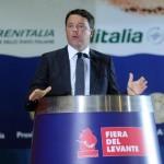 Il presidente del Consiglio, Matteo Renzi, alla Fiera del Levante, Bari, 13 settembre 2014. ANSA/LUCA TURI