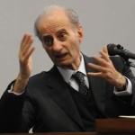 La testimonianza del già ministro della giustizia Giovanni Conso (IN FOTO), prevista nella tarda mattinata di 15 febbraio 2011.  Ansa Carlo Ferraro