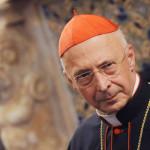 Il presidente della Cei, cardinale Angelo Bagnasco questa sera 09 dicembre 2011 a Genova. -ANSA/LUCA ZENNARO-