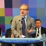 Il presidente della Regione Lombardia Roberto Maroni nel corso del suo intervento all'Assemblea generale di Confindustria Monza e Brianza, all'Autodromo di Monza. 27 giugno 2013. ANSA/ UFFICIO STAMPA/ REGIONE LOMBARDIA