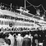 L'arrivo dell'Achille Lauro a Genova il 17 ottobre 1985. ANSA/OLDPIX