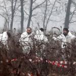 Una squadra di Esperti ricerca tracce (Ert) della polizia scientifica al lavoro sul luogo dove ?? stato trovato il corpo Yara Gambirasio il 27 febbraio 2011 a Chignolo d'Isola (Bergamo). ANSA/FILIPPO VENEZIA