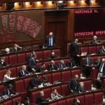 Un momento nell'aula della Camera durante le votazioni delle mozioni sulle comunicazioni del Governo in vista della XXI Conferenza delle Parti (COP 21), Roma, 26 Novembre 2015. ANSA/GIUSEPPE LAMI