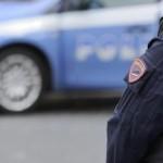 Agenti di polizia effettuano dei controlli nei pressi di Piazza San Pietro, Roma, 16 novembre 2015. ANSA/UFFICIO STAMPA POLIZIA ++ NO SALES, EDITORIAL USE ONLY ++