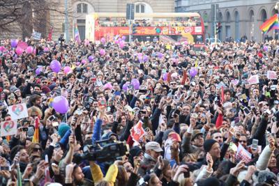 Unioni civili e Grillo: 'Libertà di coscienza'. La base  dei pentastellati si spacca