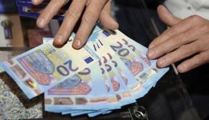 Le nuove banconote da 20 euro a margine dell'inaugurazione dell'esposizione 'La Banconota delle idee: creatività, sicurezza e tecnologia', Roma, 25 novembre 2015.   ANSA/CLAUDIO ONORATI