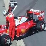 Un frame tratto da Sky Sport mostra Sebastian Vettel dopo l'incidente al primo giro del Gran Premio di Russia, 1 maggio 2016. ANSA/SKY SPORT ++ NO SALES, EDITORIAL USE ONLY ++