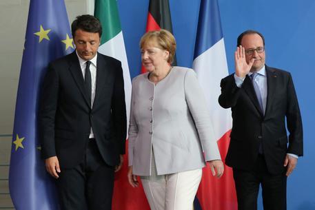 Renzi a Merkel-Hollande, impulso investimenti-cultura