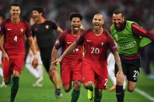 epa05400337 Ricardo Quaresma (no.20) of Portugal celebrates after scoring the winning penalty in the shoot out in the UEFA EURO 2016 quarter final match between Poland and Portugal at Stade Velodrome in Marseille, France, 30 June 2016.  (RESTRICTIONS APPLY: For editorial news reporting purposes only. Not used for commercial or marketing purposes without prior written approval of UEFA. Images must appear as still images and must not emulate match action video footage. Photographs published in online publications (whether via the Internet or otherwise) shall have an interval of at least 20 seconds between the posting.)  EPA/PETER POWELL   EDITORIAL USE ONLY