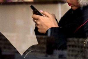 smartphone_whatsapp_afp