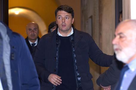 Pd e Renzi: 'Non andatevene, evitiamo scissioni'