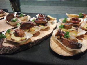 Costolette di maiale affumicate al legno di whisky- We food