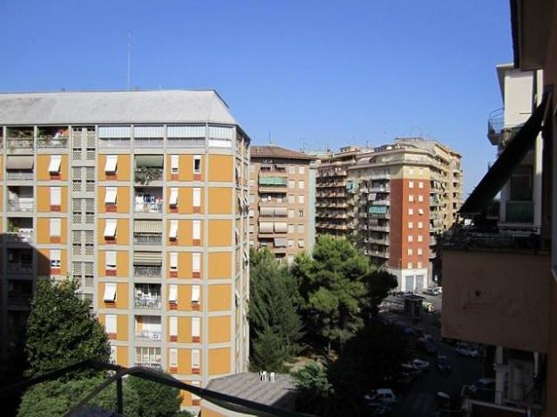 Sollevato all aquila palazzo di sei piani progettoitalianews for Piani di palazzi contemporanei