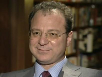 """Covid: Mulè, """"Il piano vaccini di Figliuolo funziona, a marzo quadruplicati italiani vaccinati"""""""
