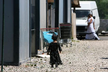 Palermo: sequestrato campo nomadi della Favorita, per gip pericoloso per gli abitanti
