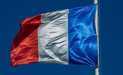 Francia: 'Obbligo tampone molecolare negativo per chi arriva'