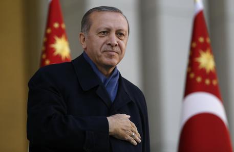 """Siria, Erdogan: """"A giorni assedio al centro di Afrin"""""""