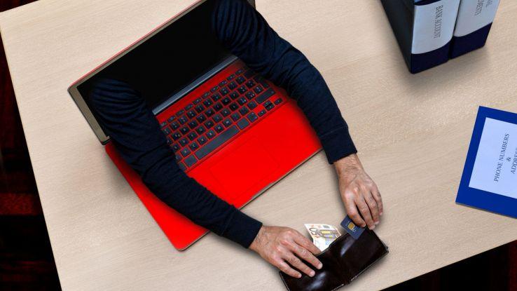 Inps e Conte: 'Problemi per hackeraggio del sistema'. 300mila domande in un giorno