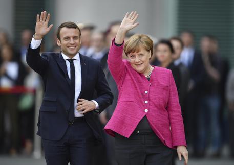 Macron e Merkel tra Africa e Italia
