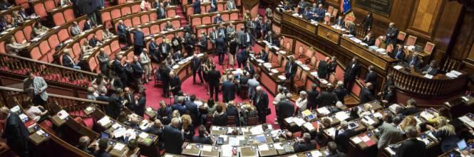 Vitalizi e no dell aula del senato a richiesta d urgenza for Onorevoli pd donne