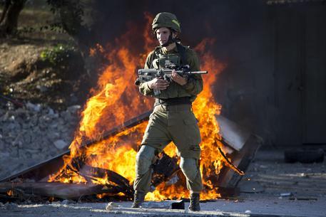 Gerusalemme, palestinesi in rivolta: 2 morti e 750 feriti