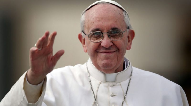 """Papa: """"Equazione terrorismo-Islam sciocca"""""""