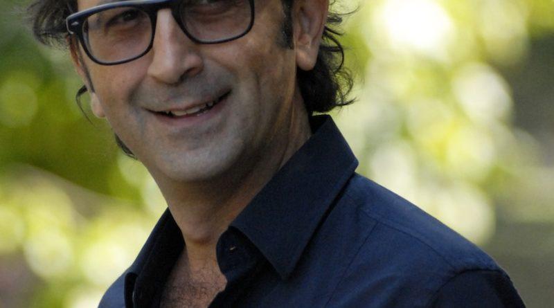 Il 26 febbraio, al Teatro Bellini di Napoli, in scena 'White Rabbit Red Rabbit' con Giovanni Esposito