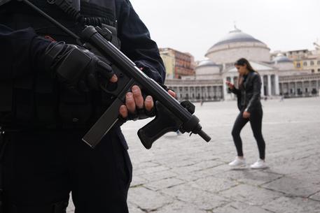 Terrorismo, migrante arrestato a Napoli