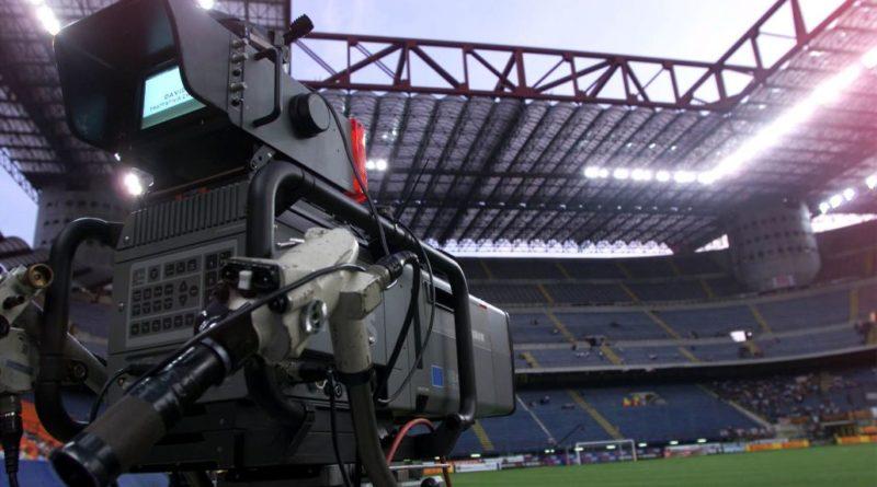 Ripresa campionato. Serie A divisa: Inter e Milan per il no, Lazio e Napoli per il sì. La Juve non si schiera