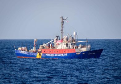 Salvini: le navi delle Ong si scordino l'Italia
