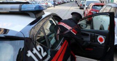 Tassista abusivo stupra una giovane cliente a Milano