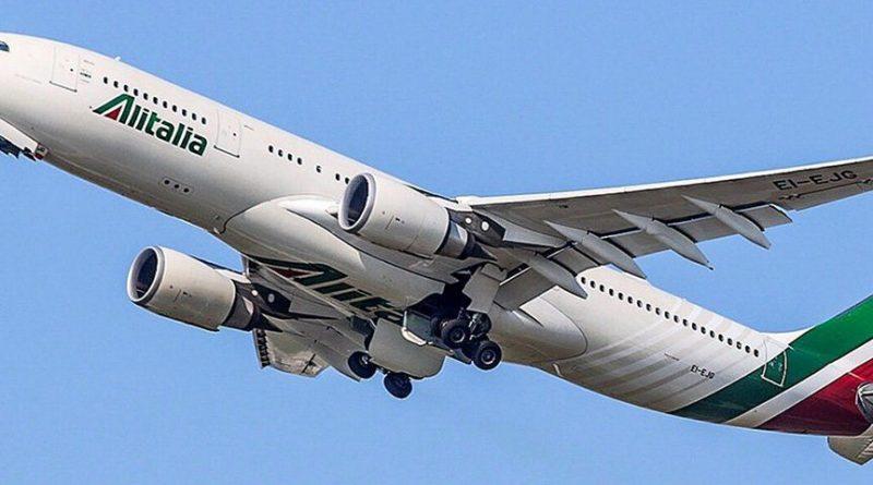 Toninelli: Alitalia tornerà compagnia di bandiera con 51%