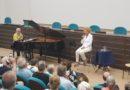 Vanoni canta in clinica per i pazienti
