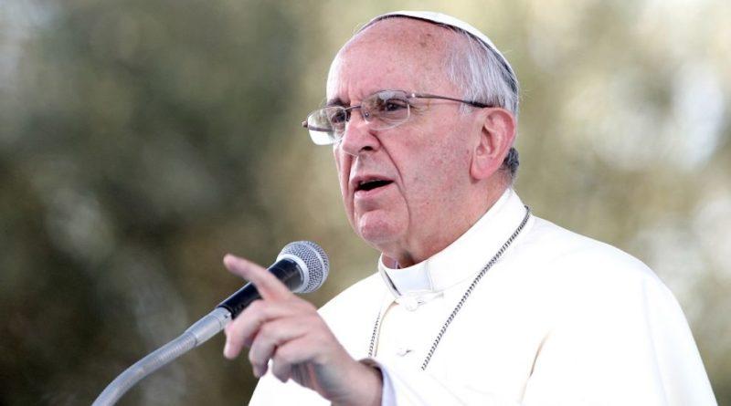Migranti, il Papa alla comunità internazionale: Basta tragedie