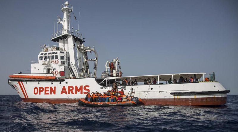 """La Open Arms arrivata a Maiorca. Josefa: """"denuncerò Italia e Libia"""""""