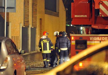 Scoppio in palazzo con migranti, 1 ferito