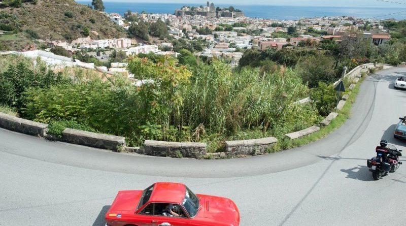 Raid dell'Etna ai nastri di partenza: dal 23 al 29 settembre corre in Sicilia la storia dell'automobilismo