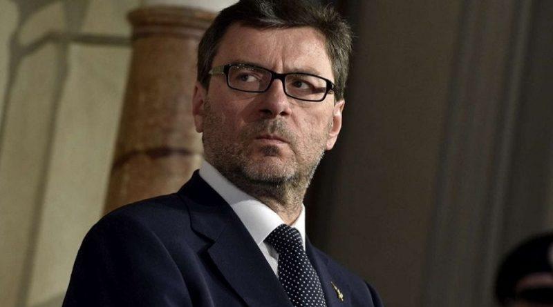 Manovra e  Giorgetti: 'Dobbiamo rispettare gli impegni presi con l'Ue'