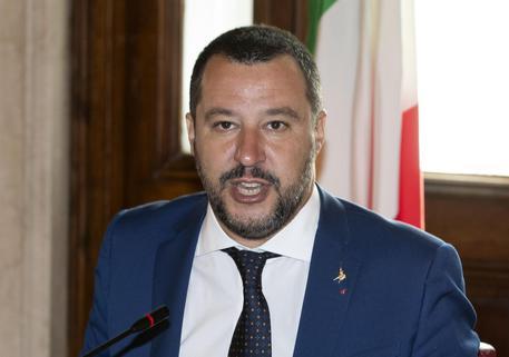 Sicurezza e  Salvini su 'Spiagge Sicure'