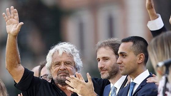 Italia a 5 stelle e Beppe Grillo: 'Togliere poteri al Capo dello Stato'