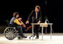 Off/Off Theatre dal 30 ottobre al 4 novembre in scena 'La rivoluzione delle sedie'