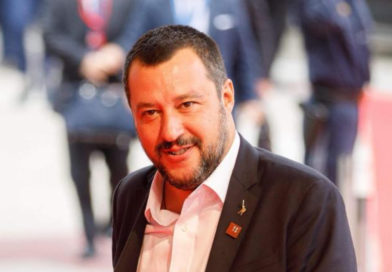 Migranti, Salvini a Castaner: 'Continuiamo a pattugliare i confini'